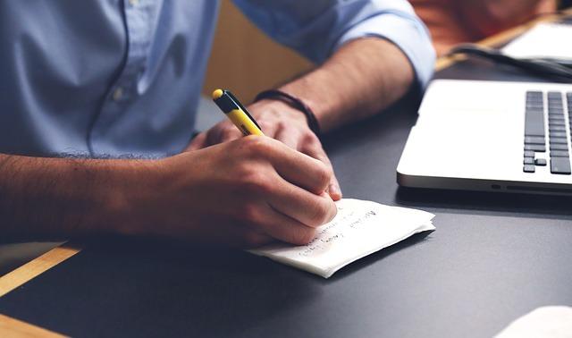 Człowiek z notatnikiem