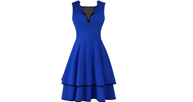 Kobaltowa suknia rozkloszowana
