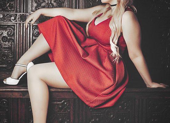 Sukienka bombka czerwona