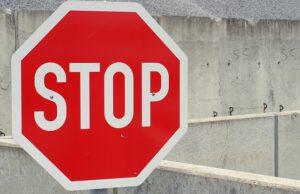 znak stop